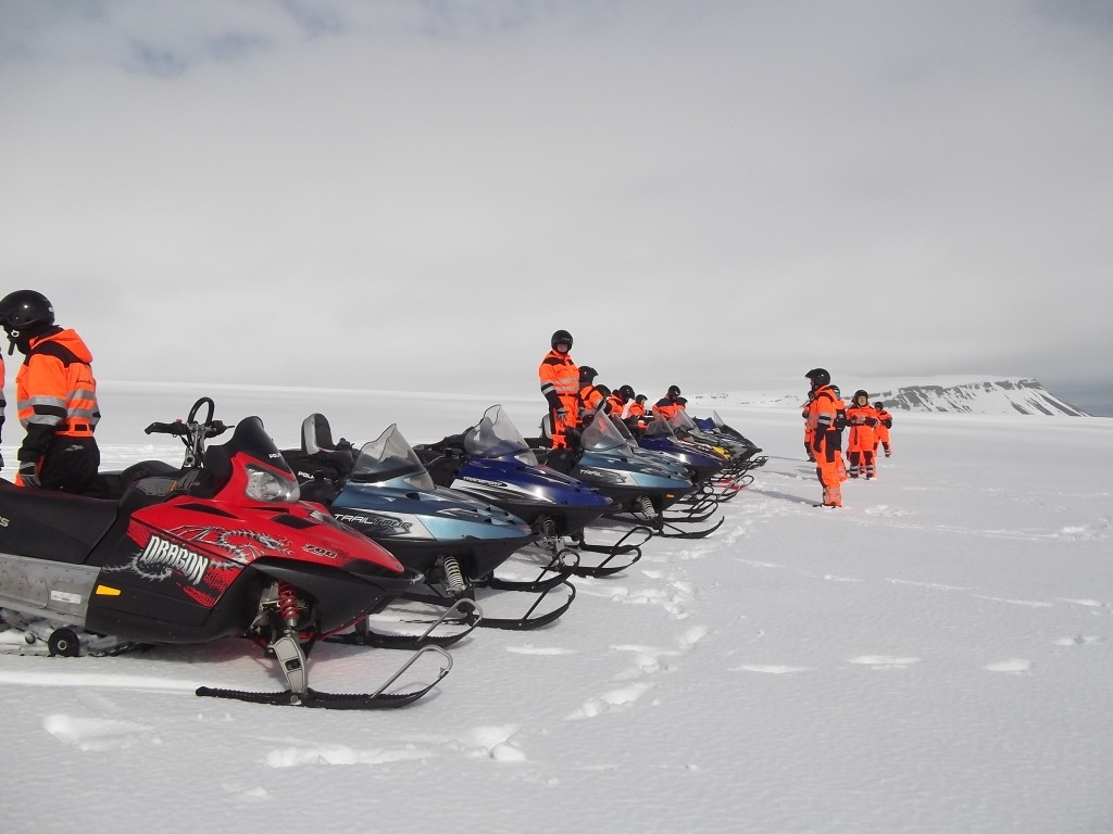 excursion moto neige glacier islande