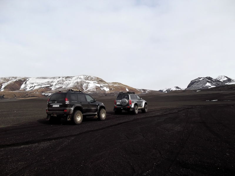 jeep sable noir islande